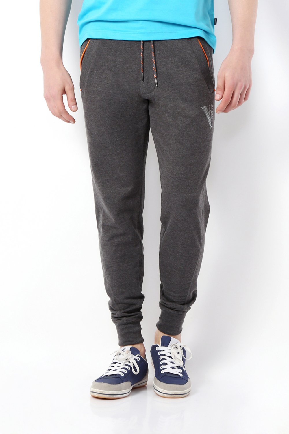 066351ee810c Van Heusen Track Pants and Joggers, Van Heusen Charcoal Jogger Pants for  Men at Vanheusenindia.com