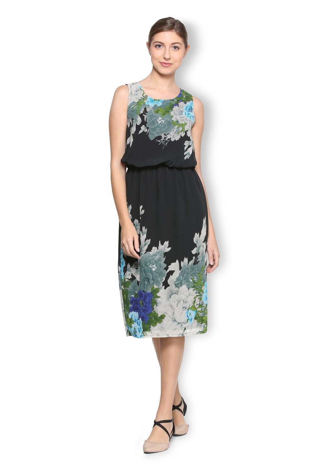 0e64fb5084cff Buy Van Heusen Women Dresses Online in India