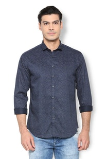 8fb2b05c0a3064 Van Heusen Men Shirts - Buy Shirts for Men India | Vanheusenindia.com